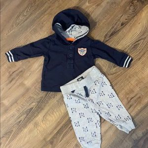 OshKosh B'Gosh Arrow Outfit